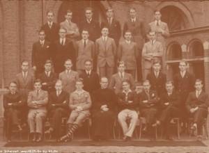 Album : 1932 1932 A Rhétorique A 1931-1932.