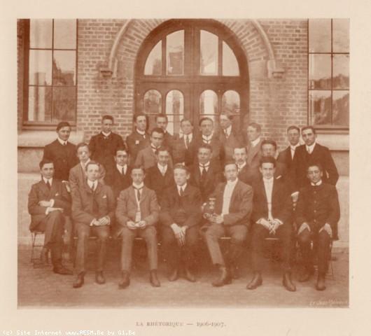 Album : 1907<br /> 1907<br> Rhétorique 1906-1907.Titulaire