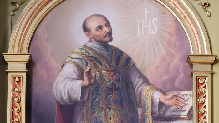 Inspirant: Les principes de Saint Ignace de Loyola ont créé une organisation internationale importante et résiliente.